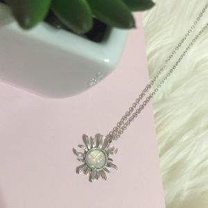 Jewelry - Solar Flare Opalescent Silver Necklace